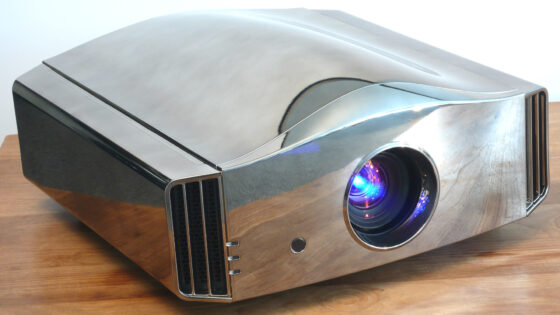 > Press Release: Siglos 4K 3D Home Cinema Projector